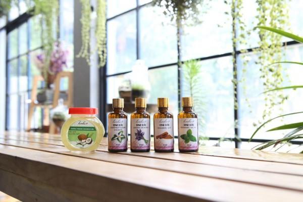Bộ 5 tinh dầu massage giảm béo mờ rạn vòng eo : Oải hương + hoa bưởi + trà xanh + quế + dầu dừa nguyên chất