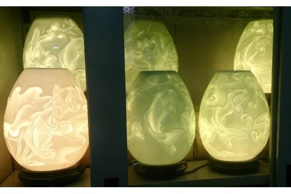 Đèn khắc ám họa 3D sen cá
