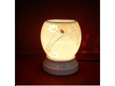 Đèn xông tinh dầu hình hoa lá thu